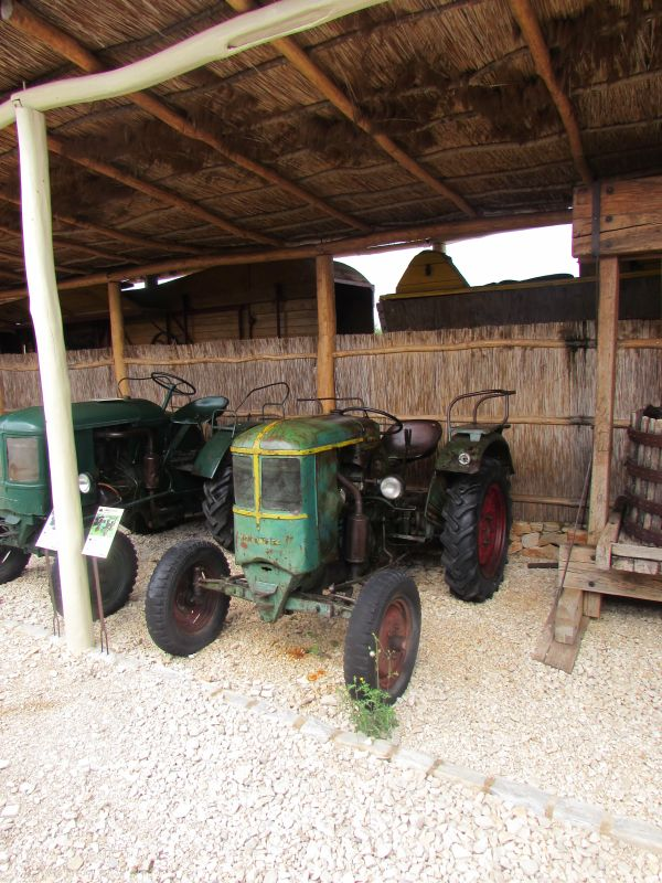 Traktor story – muzej traktora kod porečke Nove Vasi TractorStory026