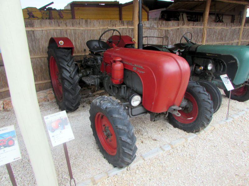 Traktor story – muzej traktora kod porečke Nove Vasi TractorStory032