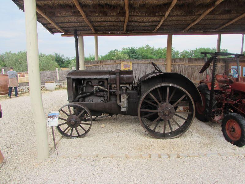 Traktor story – muzej traktora kod porečke Nove Vasi TractorStory036