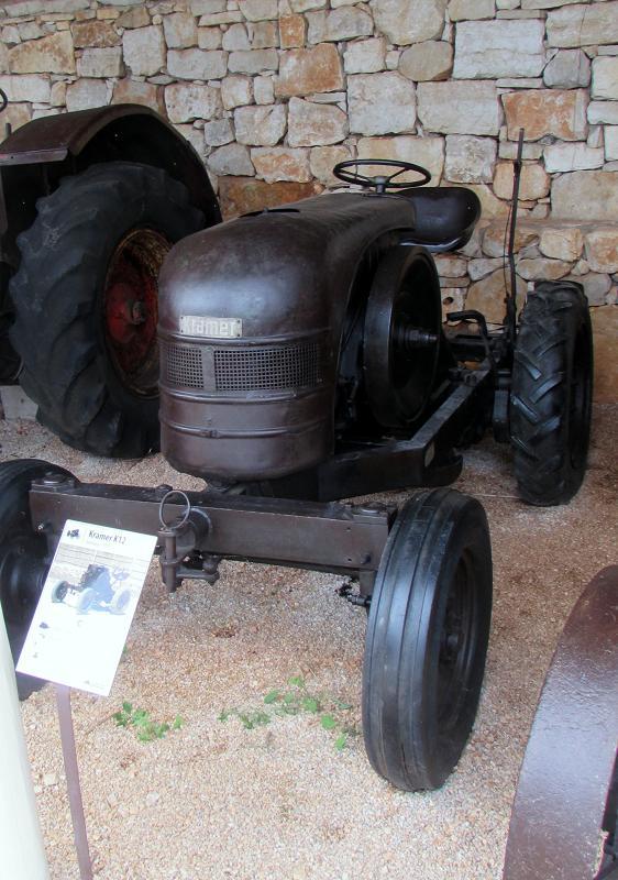 Traktor story – muzej traktora kod porečke Nove Vasi TractorStory046