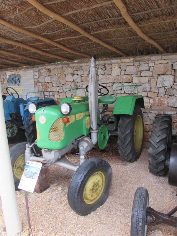 Traktor story – muzej traktora kod porečke Nove Vasi TractorStory049