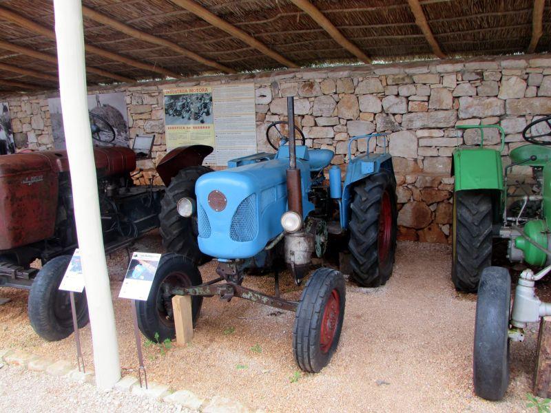 Traktor story – muzej traktora kod porečke Nove Vasi TractorStory050