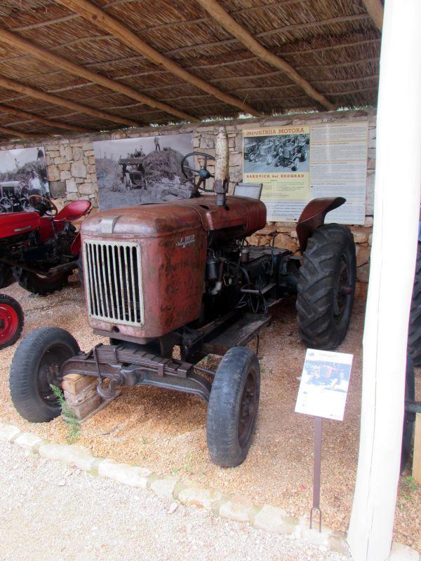 Traktor story – muzej traktora kod porečke Nove Vasi TractorStory051