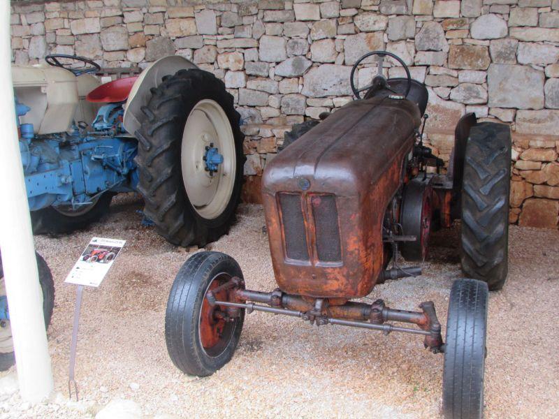 Traktor story – muzej traktora kod porečke Nove Vasi TractorStory060