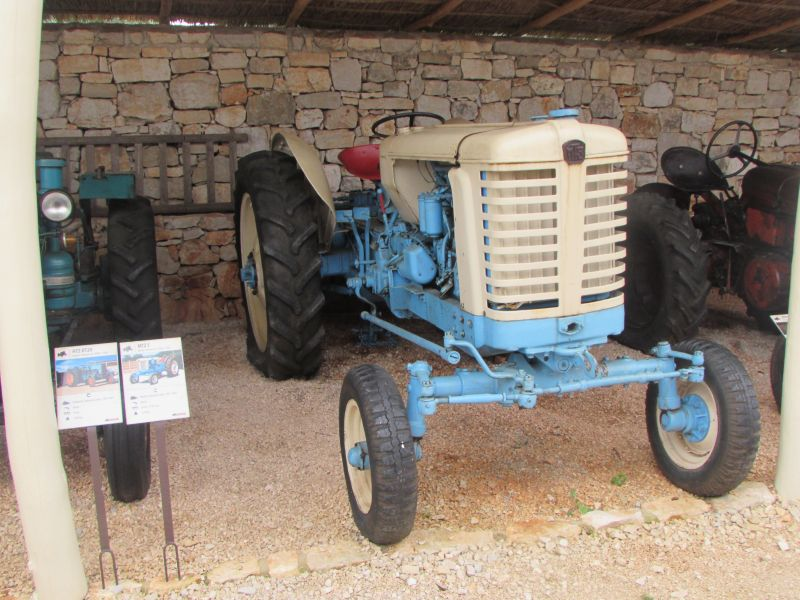 Traktor story – muzej traktora kod porečke Nove Vasi TractorStory061