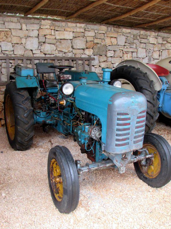 Traktor story – muzej traktora kod porečke Nove Vasi TractorStory063
