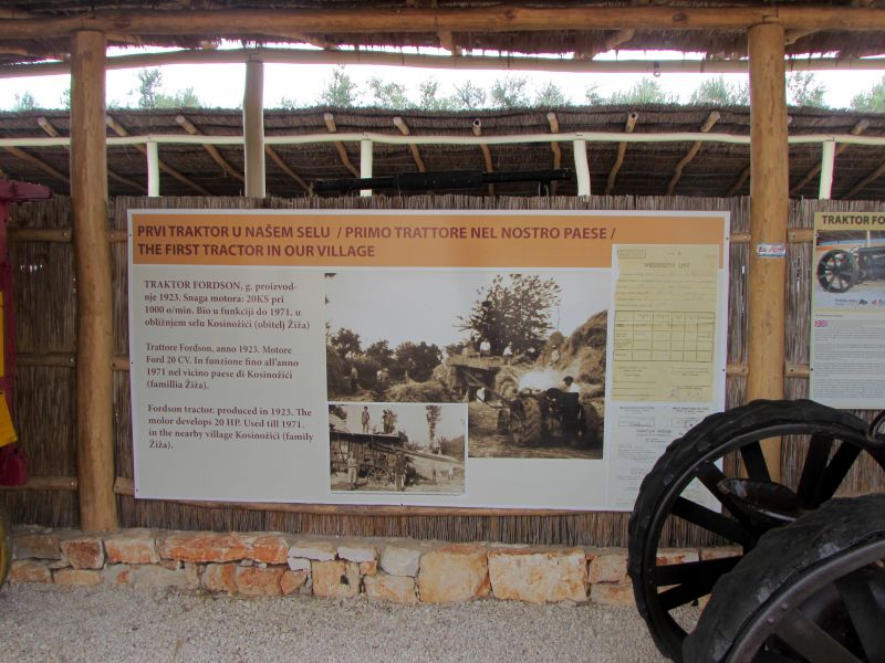 Traktor story – muzej traktora kod porečke Nove Vasi TractorStory072