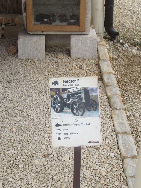 Traktor story – muzej traktora kod porečke Nove Vasi TractorStory073