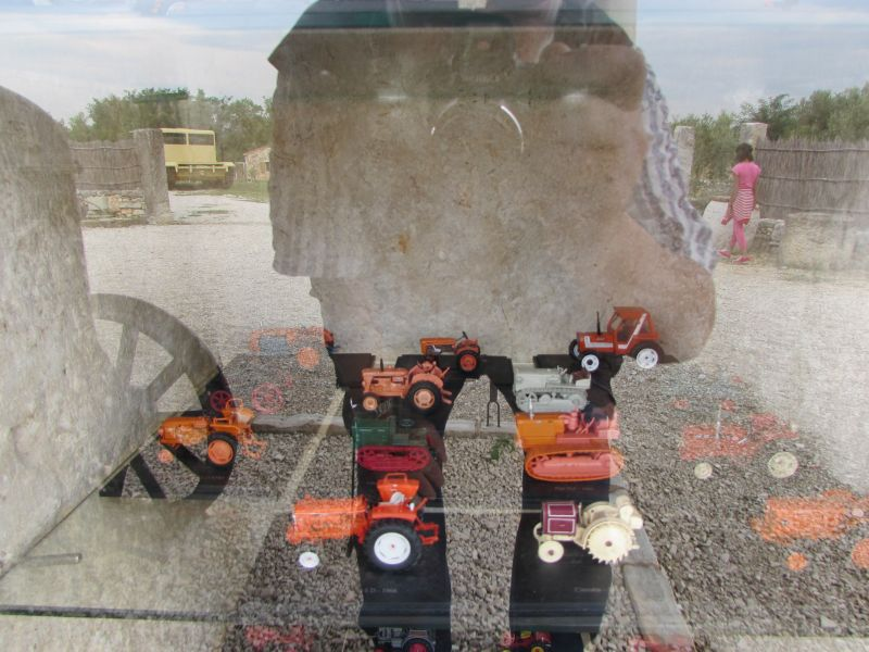 Traktor story – muzej traktora kod porečke Nove Vasi TractorStory077