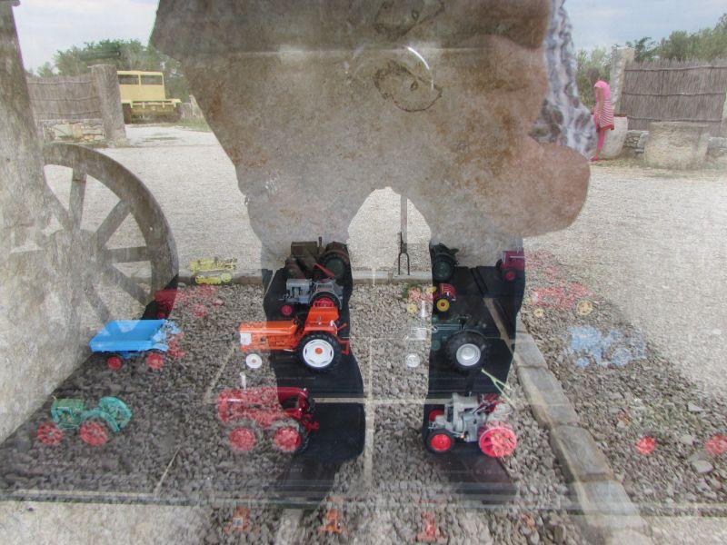 Traktor story – muzej traktora kod porečke Nove Vasi TractorStory078