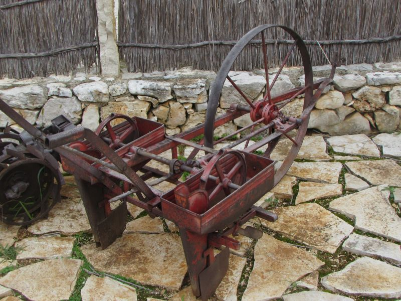 Traktor story – muzej traktora kod porečke Nove Vasi TractorStory081