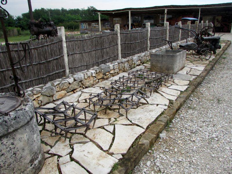 Traktor story – muzej traktora kod porečke Nove Vasi TractorStory084