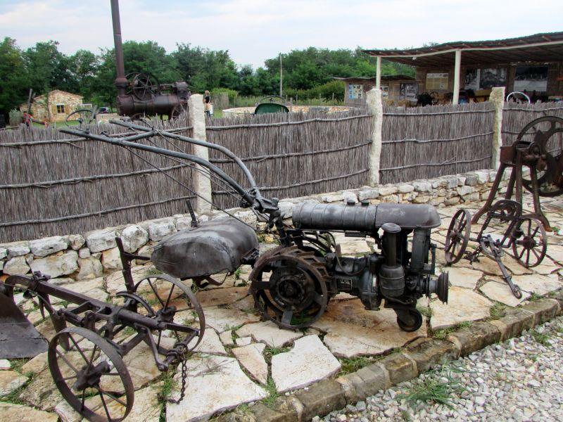 Traktor story – muzej traktora kod porečke Nove Vasi TractorStory085