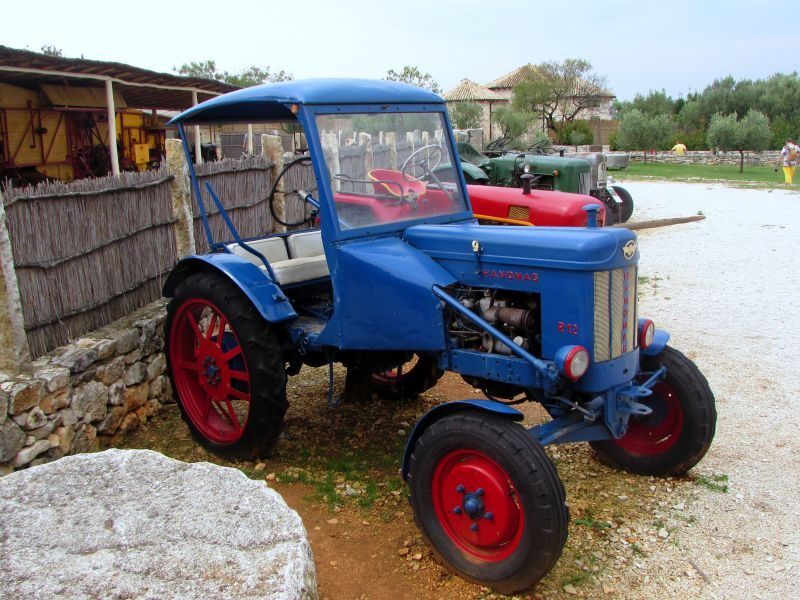 Traktor story – muzej traktora kod porečke Nove Vasi TractorStory088