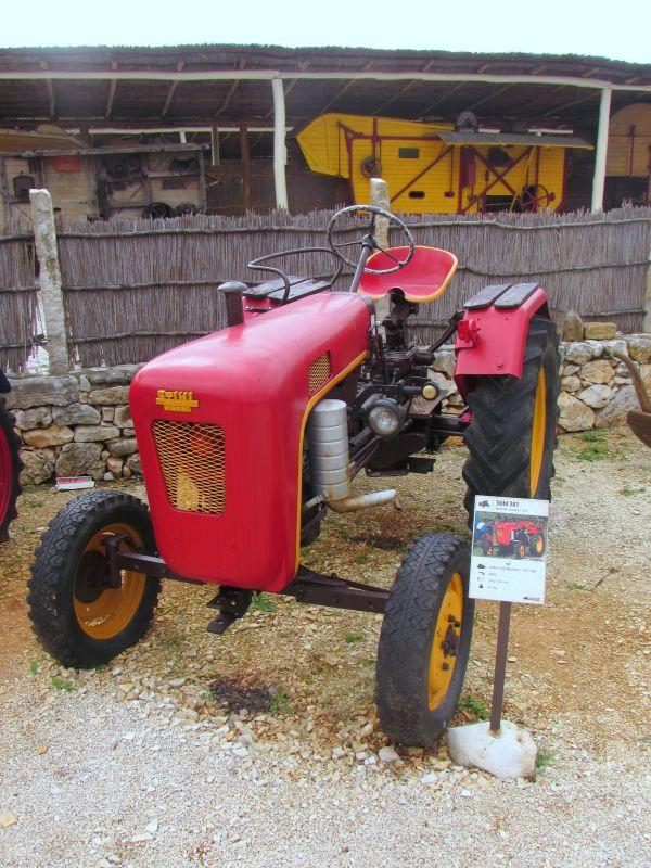 Traktor story – muzej traktora kod porečke Nove Vasi TractorStory090