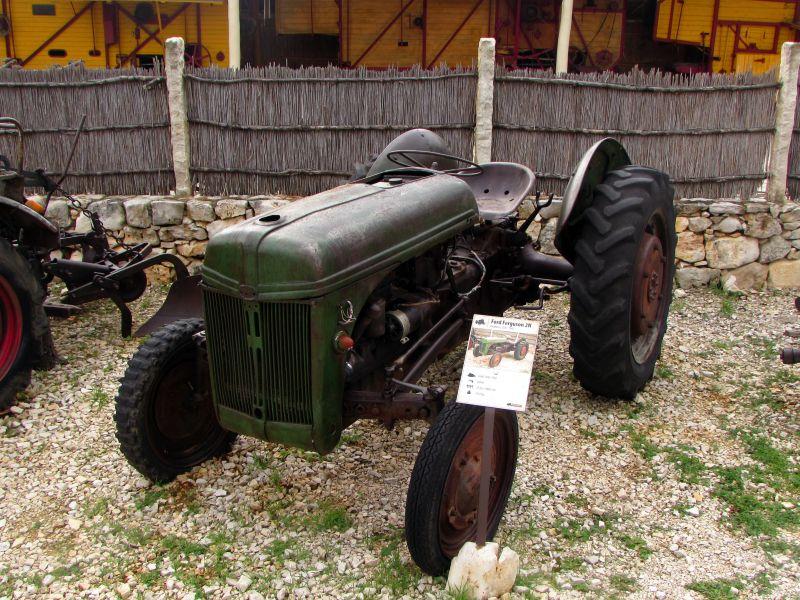 Traktor story – muzej traktora kod porečke Nove Vasi TractorStory094