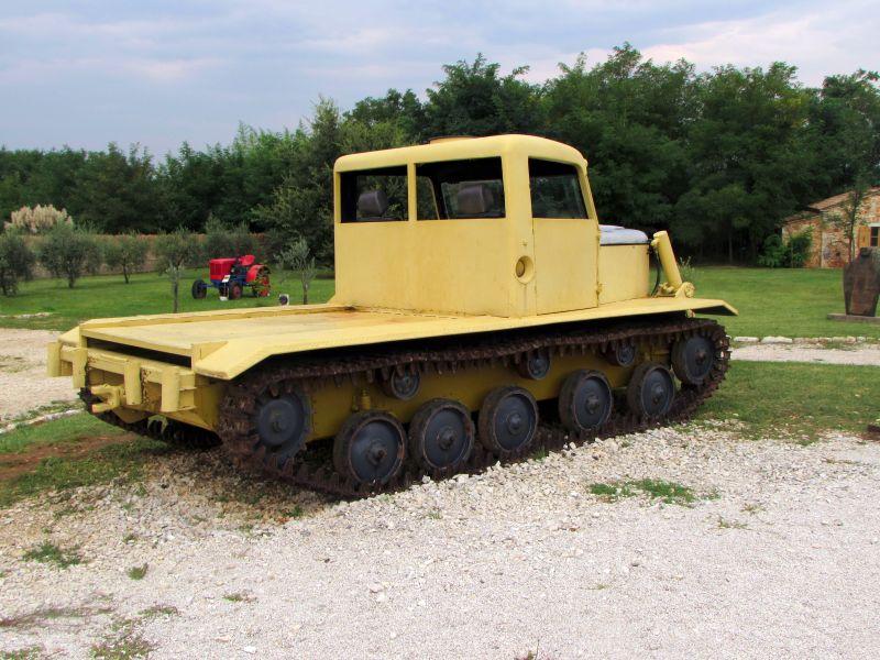 Traktor story – muzej traktora kod porečke Nove Vasi TractorStory101