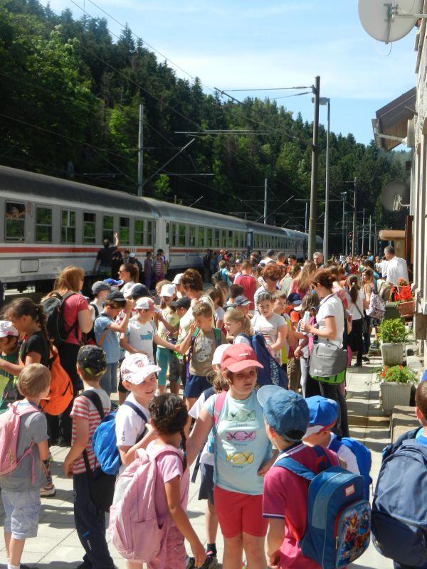Turistički,izletnički vlakovi StanicaLokve1570