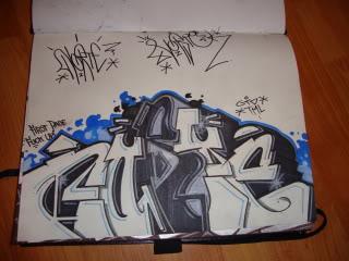Sketchessss - Page 3 DSC03331