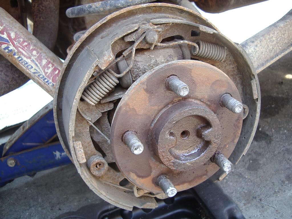drum brakes replacement IMGP5605