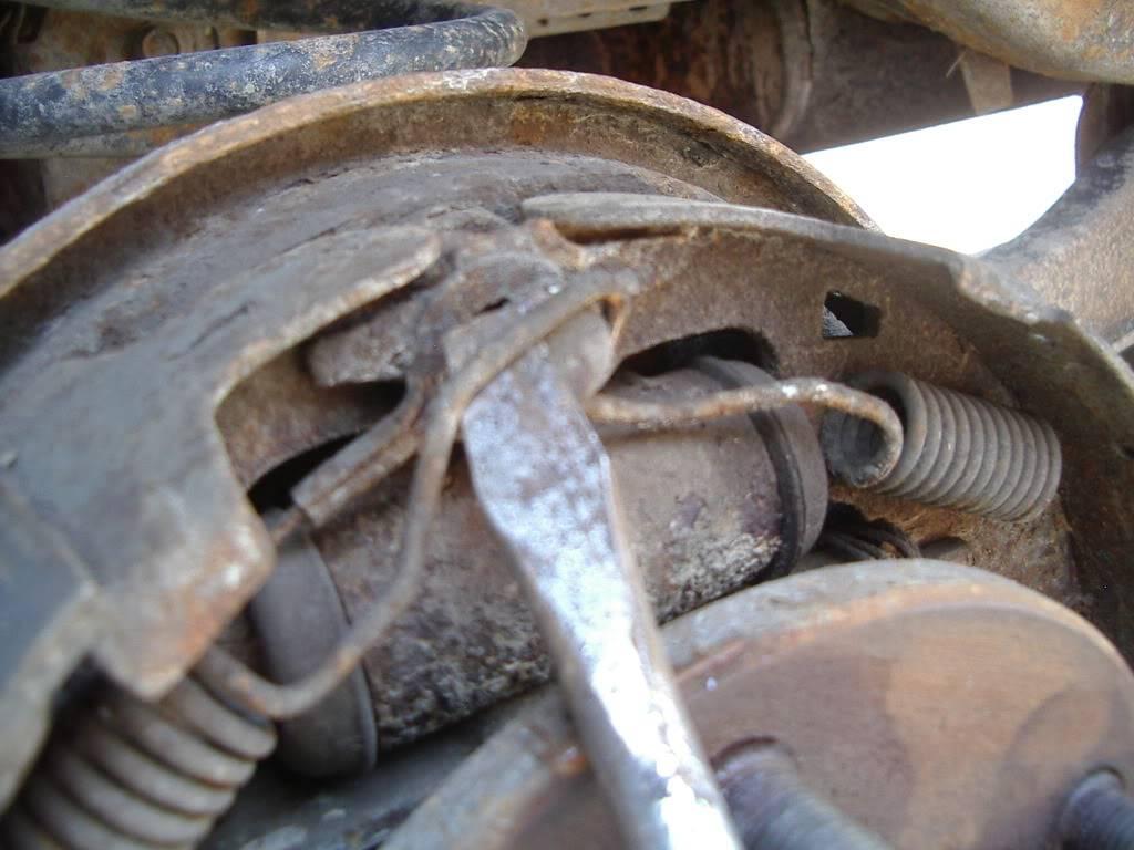 drum brakes replacement IMGP5609