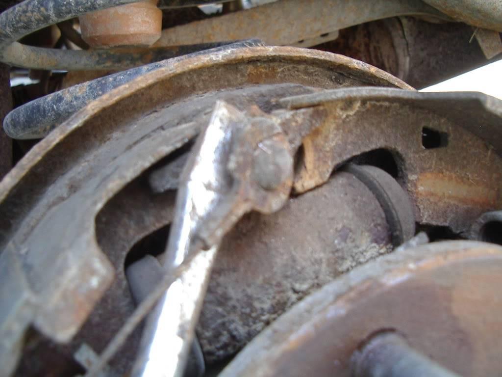 drum brakes replacement IMGP5611