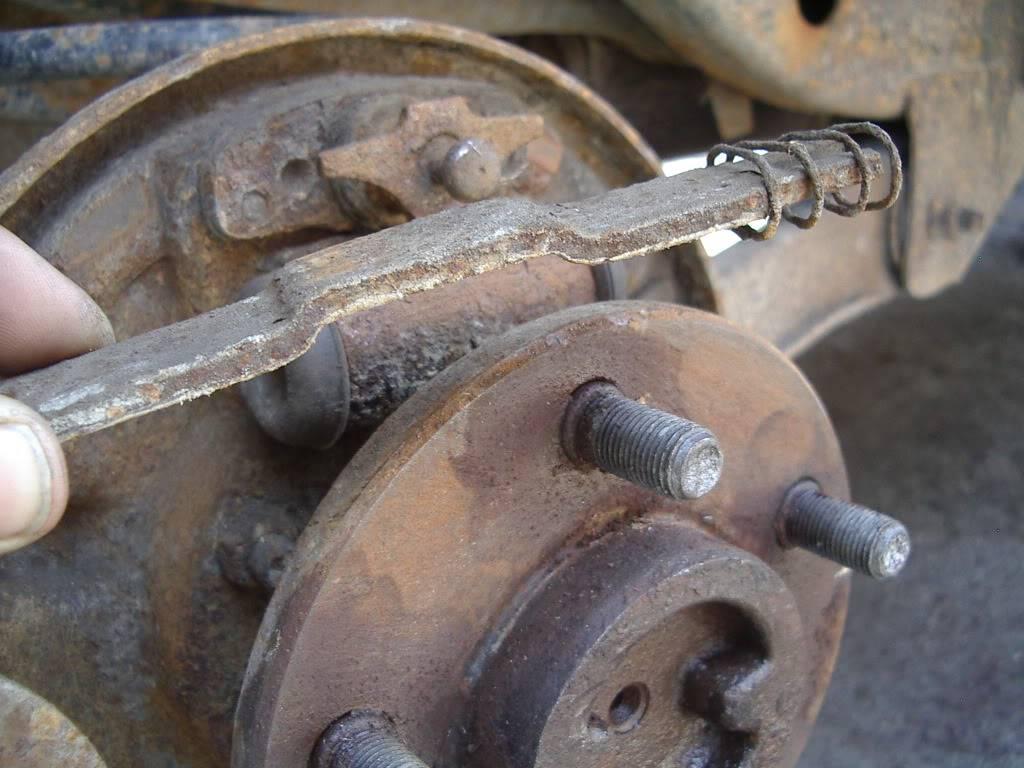 drum brakes replacement IMGP5615