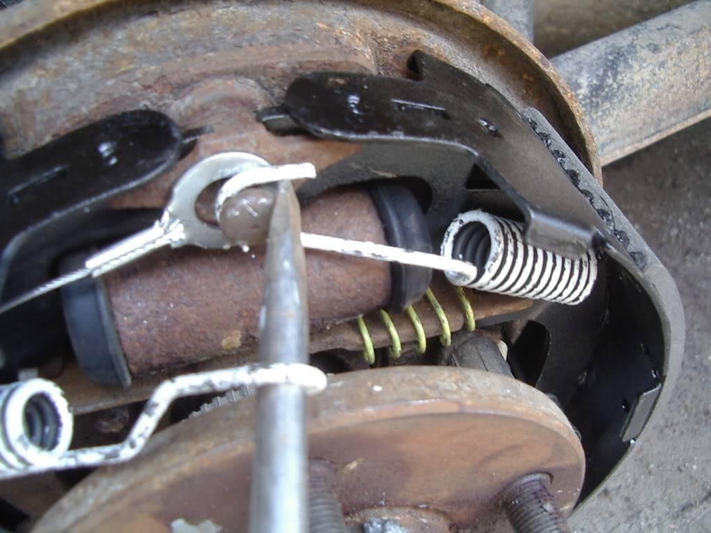 drum brakes replacement IMGP5628