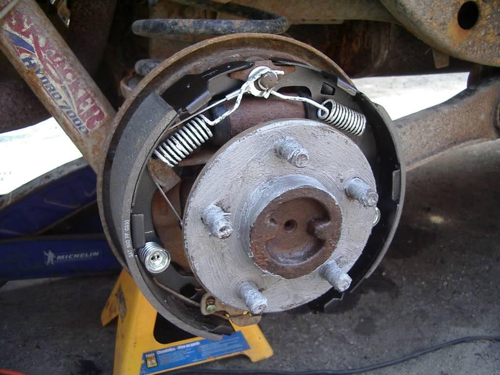 drum brakes replacement IMGP5631