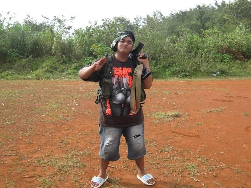 JUNE 12,2009 WAR GAMES W/ THE SINGAPOREAN BUDDY.. Brent066