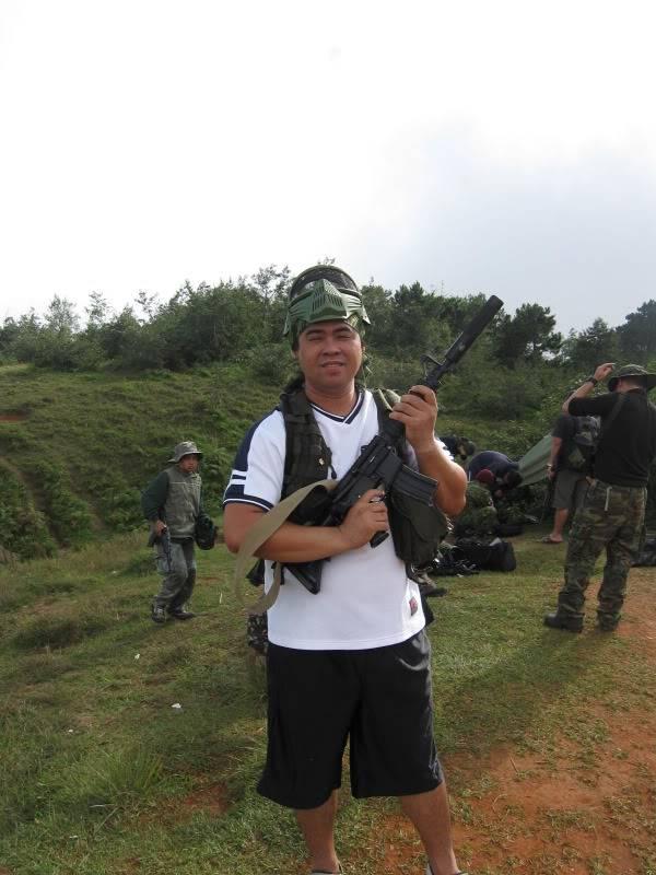 JUNE 12,2009 WAR GAMES W/ THE SINGAPOREAN BUDDY.. Brent068