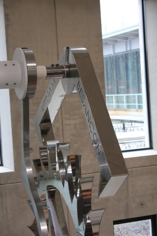 Une horloge de six tonnes pour la gare de Besançon TGV IMG_3103