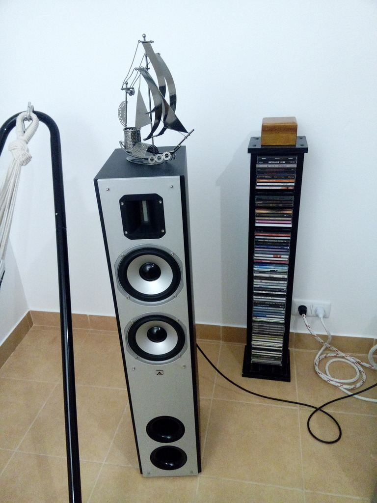 Nova sala de escuta para meu sistema áudio IMG_20160124_184551