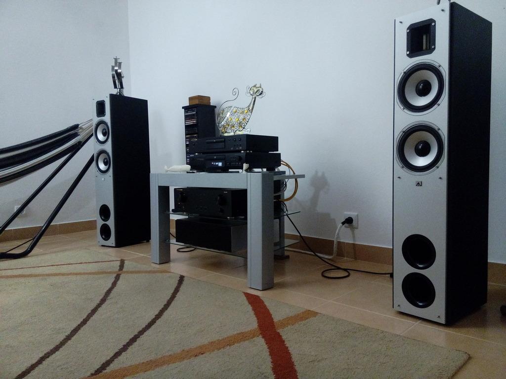 Nova sala de escuta para meu sistema áudio IMG_20160124_184652