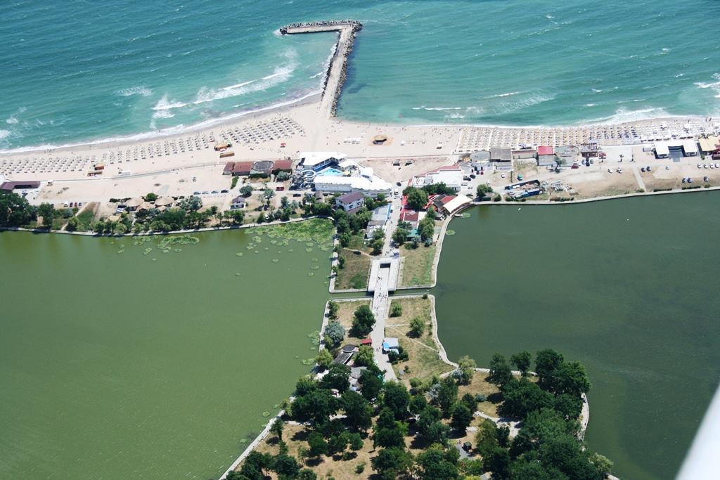 Plajă la 1500 ft Plaja%2019