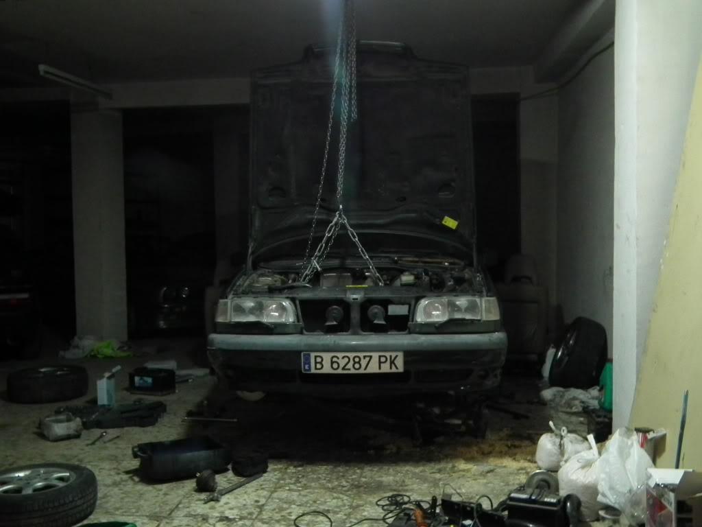 Ya van dos en el garaje  DSCF5046