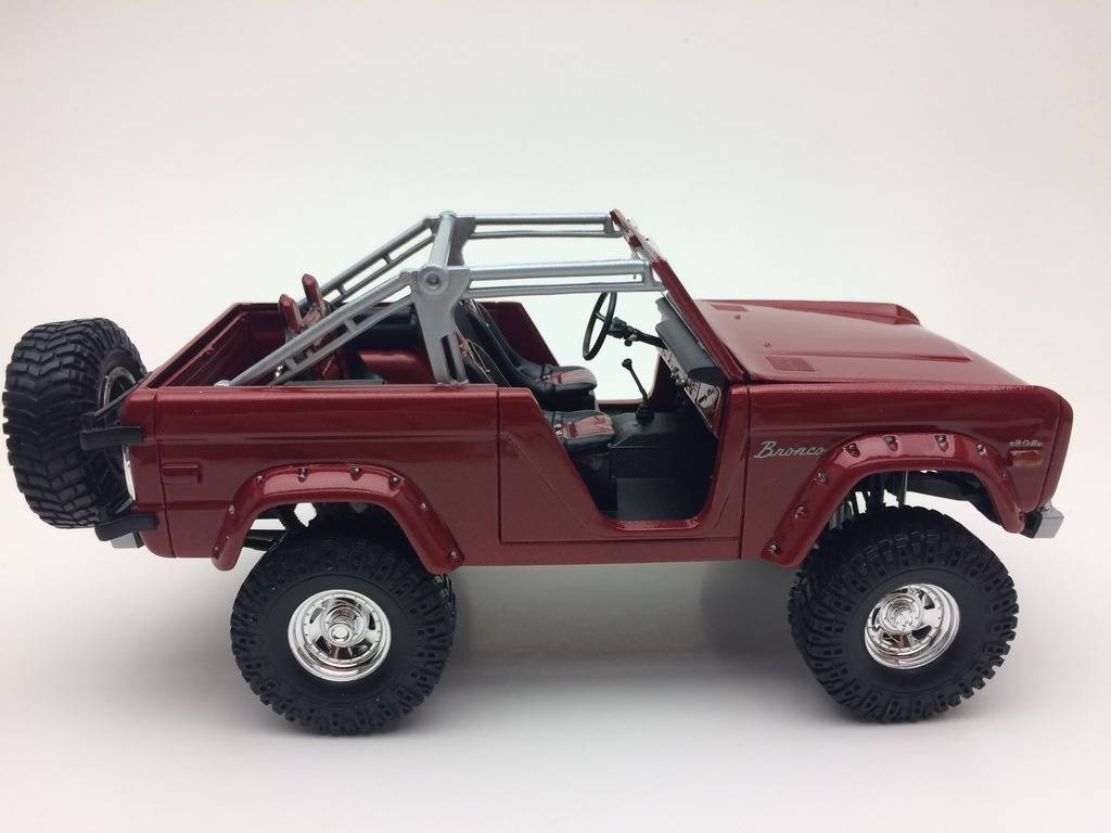 ford bronco revell IMG_1422_zpsswiwjh91
