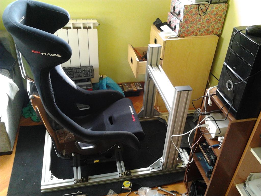 Como fabricar tu propio cockpit en perfileria de aluminio  IMG_20140607_175255