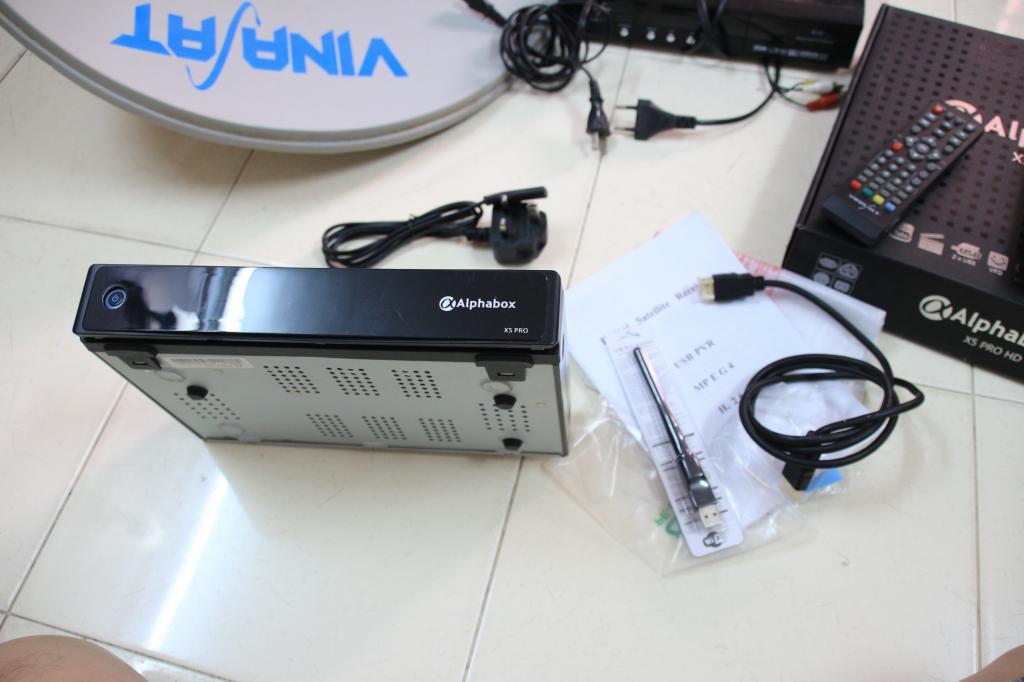 [HCM] Chuyển qua chơi DVB-T2 cần bán bộ chảo + Đầu thu Alpha X5 Pro IMG_5876_zps3c25be07