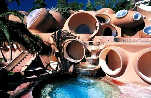 Casa da Ichigo - Bata antes de entrar e espere ser recebido ou não. 2007061501_blog_uncovering_org_a-3
