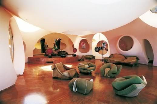 Casa da Ichigo - Bata antes de entrar e espere ser recebido ou não. 2007061501_blog_uncovering_org_arqu