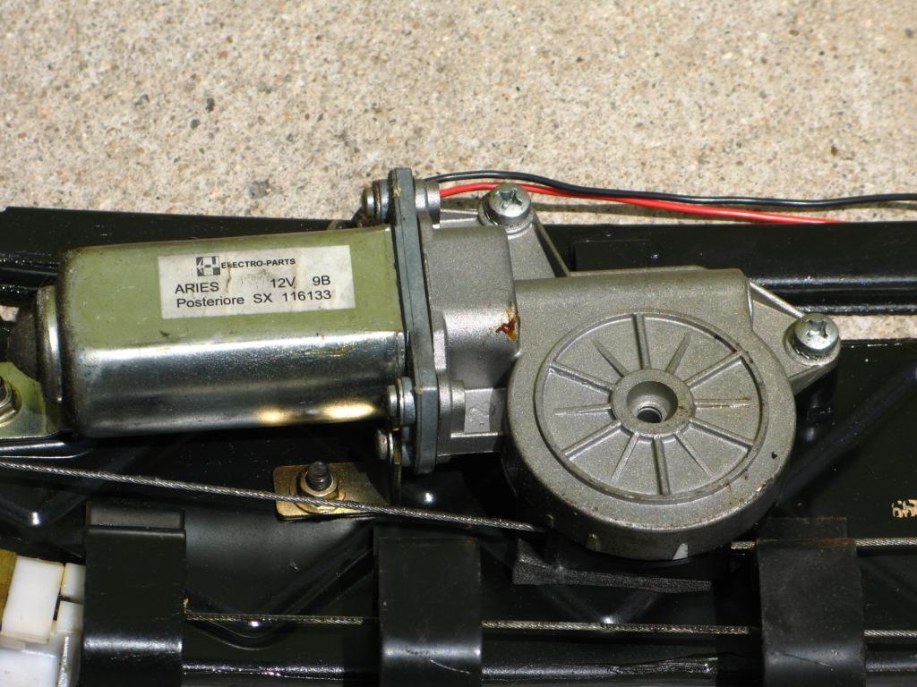 [ SE VENDE ] Piezas Peugeot 306 Cabrio capota eléctrica IMG_5015