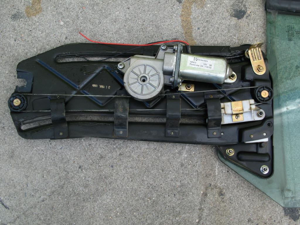 [ SE VENDE ] Piezas Peugeot 306 Cabrio capota eléctrica IMG_5025
