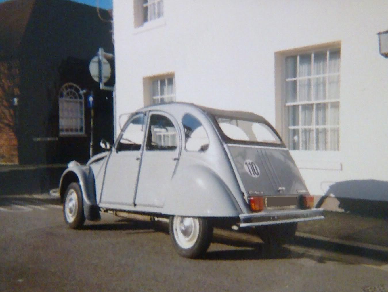 [ FOTOS ] ¿Cual fue tu primer coche? 2cv