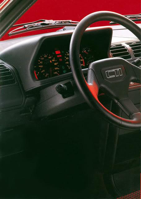 [ FOTOS ] Catalogos de los Peugeot 205 cabrio 205cab1991002