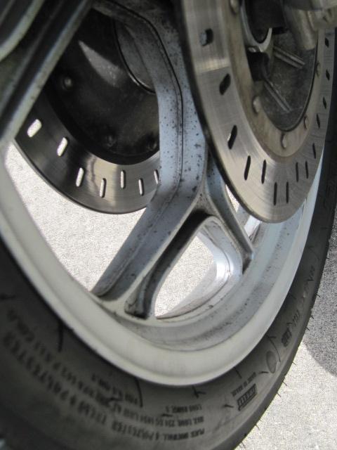 Best way to clean painted wheels? IMG_1006