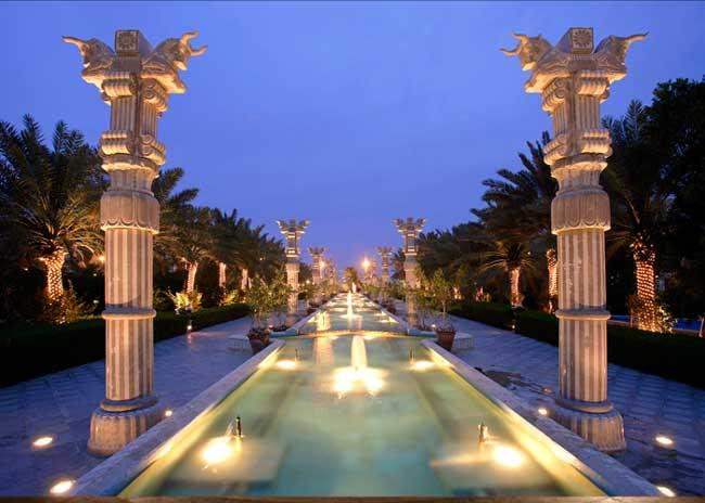 Iran - Page 2 Dariush-grand-hotel-1