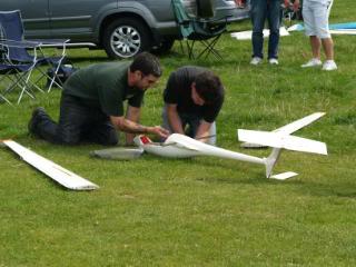 RDMFC AeroTow 2009. - Page 2 Flyangle009