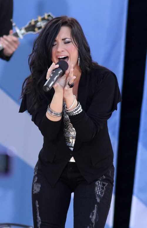 "Jonas Brothers, Demi Lovato, ""Good Morning America"" 10-11"