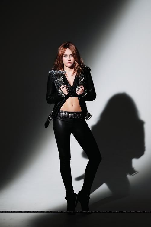 Miley Cyrus estrena su nuevo DISCO ''Can't be Tamed'' (todo aqui) 2-71